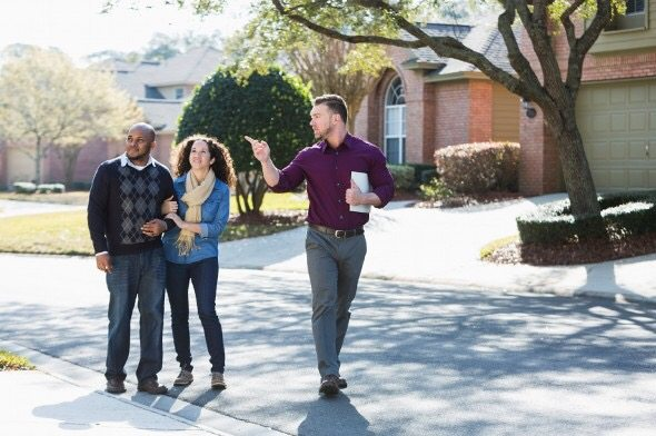 What's the Difference between a Real Estate Agent, Real Estate Broker, and Realtor 3